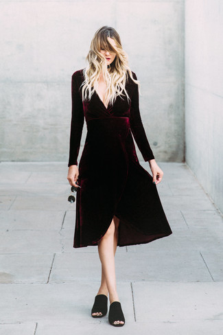A burgundy velvet midi dress and Givenchy 57mm Sunglasses is a great pairing to add to your styling repertoire. And if you want to instantly kick up the style of your look with one piece, add black suede mules to the mix. We love how great this combo is when sunny days set in.