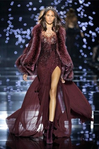 How to wear: burgundy sequin evening dress, dark purple velvet ankle boots, burgundy fur scarf