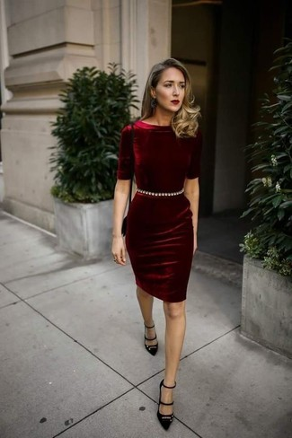 How to wear: burgundy velvet bodycon dress, black suede pumps, black suede crossbody bag