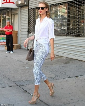 Taylor Swift wearing White Button Down Blouse, Light Blue Floral ...