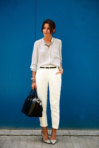 A grey button down blouse and white dress pants are a great combination that will earn you the proper amount of attention. This getup is complemented perfectly with Diane von Furstenberg Michelle. This ensemble is everything for those warmer days of spring.