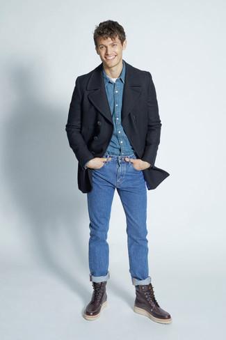 Tenue: Caban noir, Chemise en jean bleue, T-shirt à col rond blanc, Jean bleu