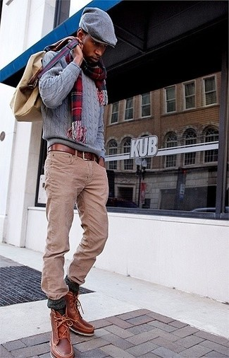 How to wear: grey cable sweater, khaki jeans, brown leather casual boots, tan canvas backpack