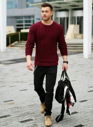 This combo of a oxblood knit jumper and black destroyed jeans will enable you to keep your off-duty style clean and simple. Complement this look with camel suede chukka boots.