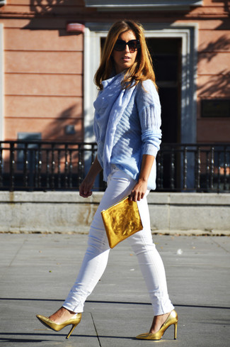 Women's Light Blue Cable Sweater, White Skinny Jeans, Gold Leather Pumps, Gold Leather Clutch
