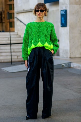 How to wear: green cable sweater, navy wide leg pants, black suede pumps, black sunglasses