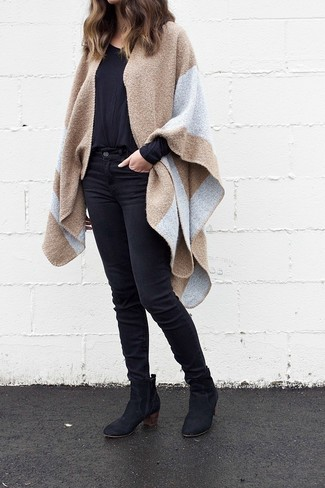 How to wear: camel cape coat, black long sleeve t-shirt, black skinny jeans, black suede ankle boots