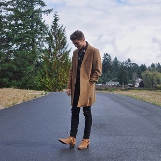 How to Wear a Camel Overcoat: This combo of a camel overcoat and black jeans looks considered and instantly makes you look seriously stylish. Add a pair of tan suede chelsea boots to the equation to completely change up the ensemble.