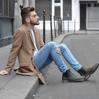 How to Wear Pants For Men: As you can see here, looking sharp doesn't require that much effort. Consider teaming a camel overcoat with pants and you'll look awesome. If you need to immediately kick up your ensemble with one single item, throw a pair of grey suede chelsea boots in the mix.
