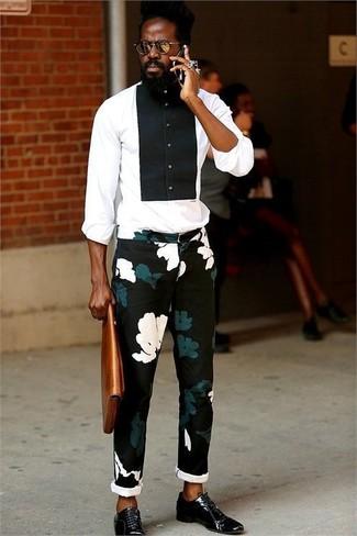 Pantalón chino con print de flores negro de Givenchy