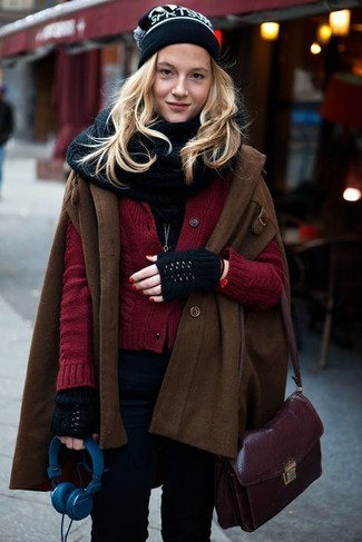 How to wear: dark brown cape coat, burgundy knit cardigan, black skinny jeans, dark purple leather crossbody bag