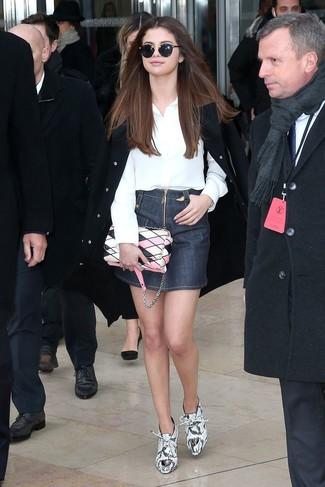 How to wear: black cape coat, white dress shirt, navy denim mini skirt, white snake leather ankle boots