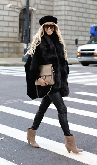 How to wear: black cape coat, black turtleneck, black leather skinny jeans, beige suede ankle boots