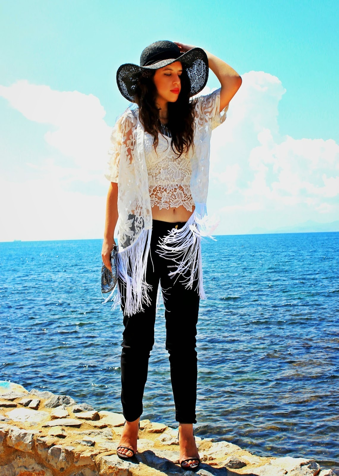 How to Wear a White Lace Cardigan (11 looks) | Women's Fashion