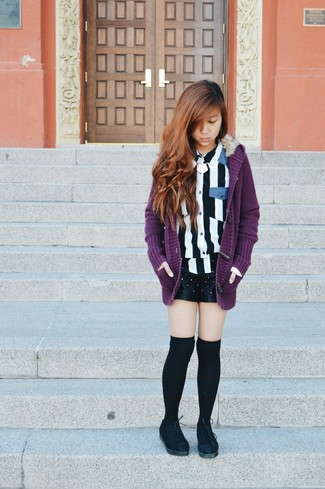 A purple knit cardigan and black studded leather shorts are perfect for both running errands and a night out. Complement this look with black suede oxford shoes.