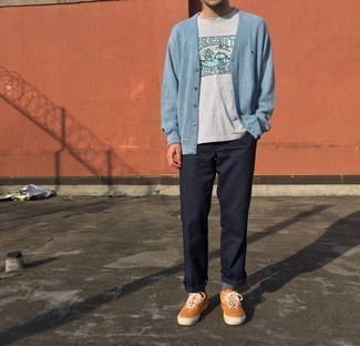 Grey Socks Outfits For Men: For a casual look, wear a light blue cardigan and grey socks — these two items go really well together. To give your look a more polished spin, complete this ensemble with orange suede low top sneakers.