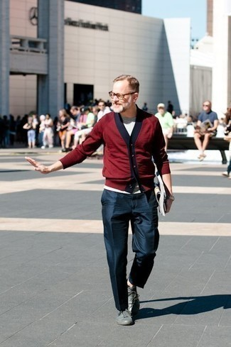 How to Wear Leather Low Top Sneakers For Men: When it comes to timeless smart style, this pairing of a burgundy cardigan and navy dress pants is the ultimate look. Unimpressed with this getup? Invite a pair of leather low top sneakers to mix things up a bit.