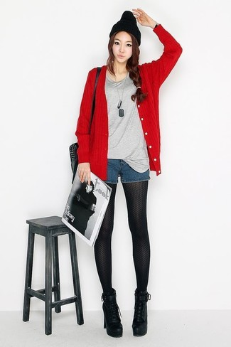 How to wear: red cardigan, grey crew-neck t-shirt, navy denim shorts, black chunky leather lace-up ankle boots