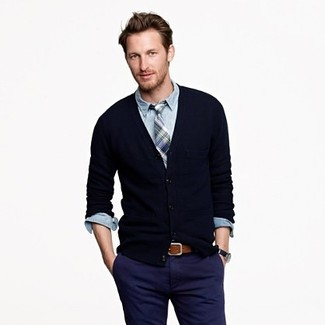 The Slim Khaki In Military Navy Apparel