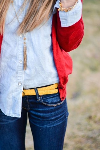 How to wear: red cardigan, light blue vertical striped dress shirt, navy skinny jeans, yellow leather belt
