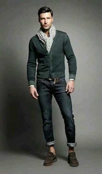 How to wear: dark green cardigan, black jeans, dark brown suede tassel loafers, beige print scarf