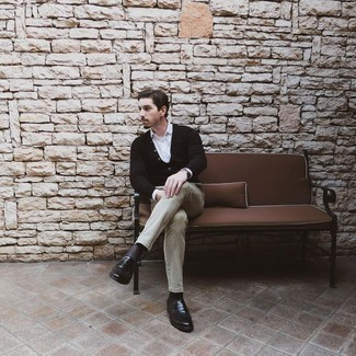 Black Socks Outfits For Men: A black cardigan and black socks are a cool go-to combination to have in your casual wardrobe. To introduce a little depth to your ensemble, choose a pair of black leather loafers.