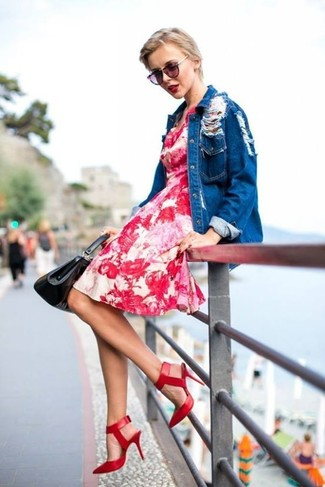 Team a red floral casual dress with a blue denim button front blouse for an effortless kind of elegance. Why not introduce red leather pumps to the mix for an added touch of style?