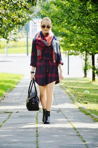 How to wear: navy plaid casual dress, black leather lace-up flat boots, black leather duffle bag, white and red and navy plaid scarf
