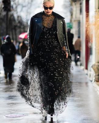 6cc7e8bb23 Cómo combinar un vestido de tul negro (6 looks de moda)