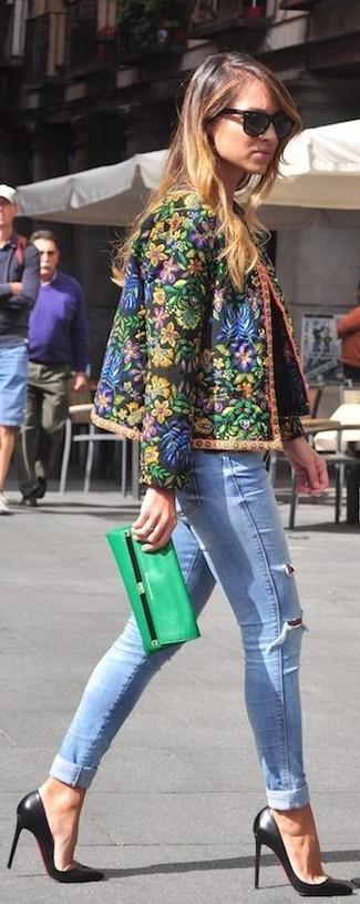 Cartera sobre de cuero verde de Alexander McQueen