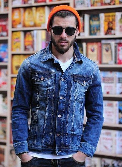 V Azul Moda De En Con Camiseta Chaqueta Blanca Vaquera Cuello Look wCBqT4x6w