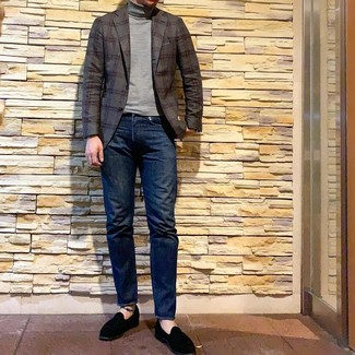 How to wear: charcoal plaid blazer, grey turtleneck, navy jeans, black suede loafers
