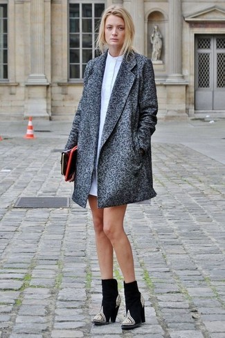 A Sam Edelman women's Wool Coat With Removable Faux Fur Collar and a white shirtdress are absolute staples if you're crafting an off-duty wardrobe that holds to the highest sartorial standards. A pair of black embellished suede ankle boots looks very appropriate here. Mastering transitional fashion is easy with style inspiration like this.