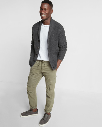 How to wear: charcoal shawl cardigan, white crew-neck t-shirt, olive cargo pants, charcoal leather low top sneakers