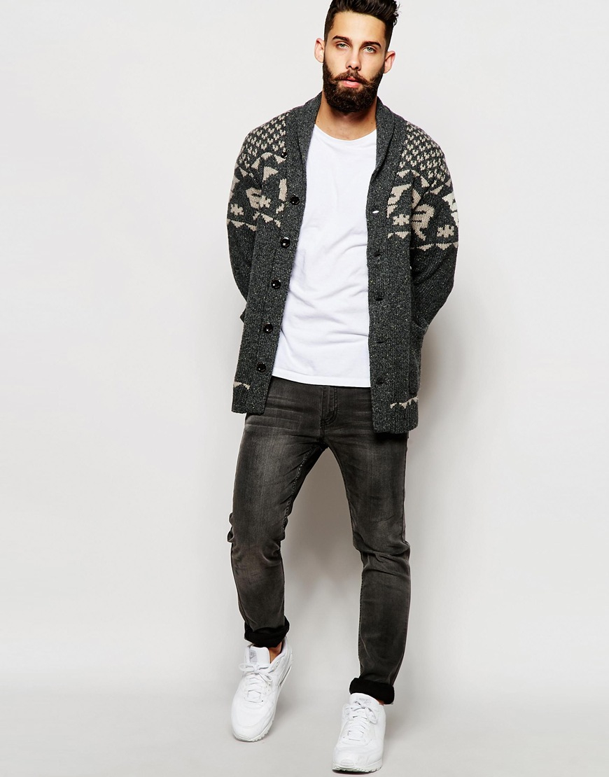 How To Wear Black Jeans With White Low Top Sneakers For Men (117 looks    outfits)  e0a2334f0
