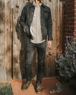 Charcoal Jeans Outfits For Men: A charcoal shirt jacket and charcoal jeans are a cool combo worth having in your off-duty routine. You can get a little creative when it comes to shoes and lift up this outfit by rounding off with brown suede derby shoes.