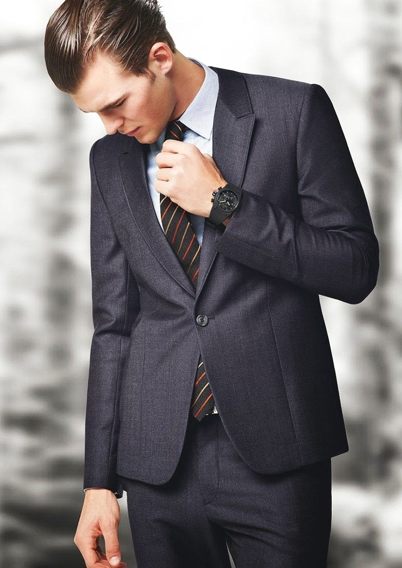 Which Dress Shirt To Wear With a Grey Suit | Men's Fashion