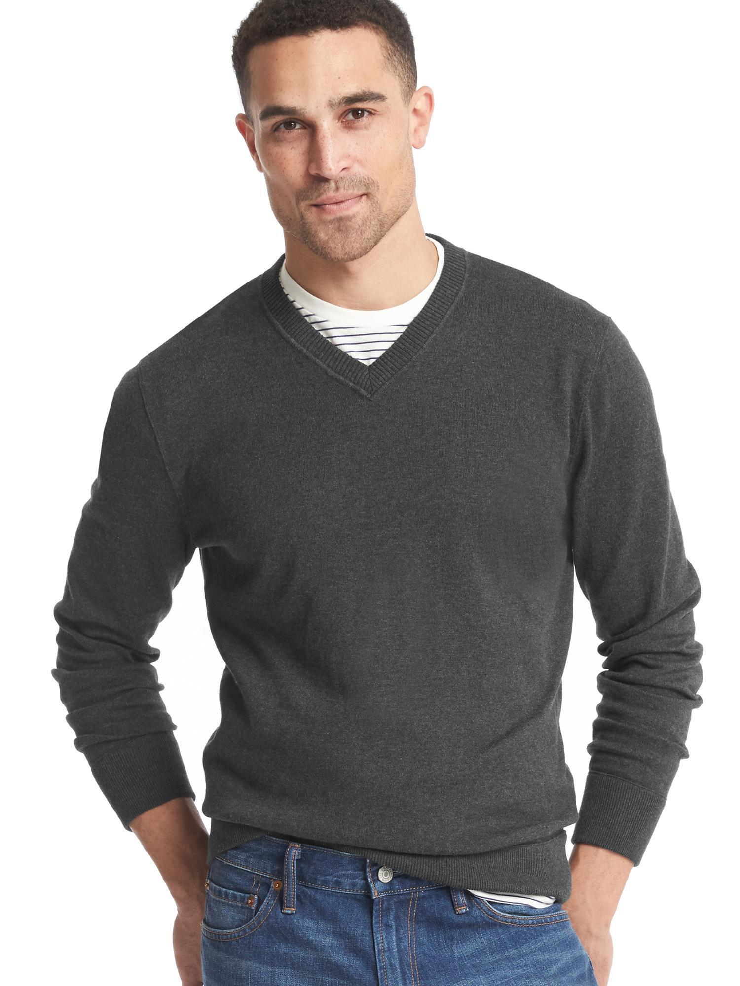 How to Wear a Charcoal V-neck Sweater (81 looks) | Men's Fashion