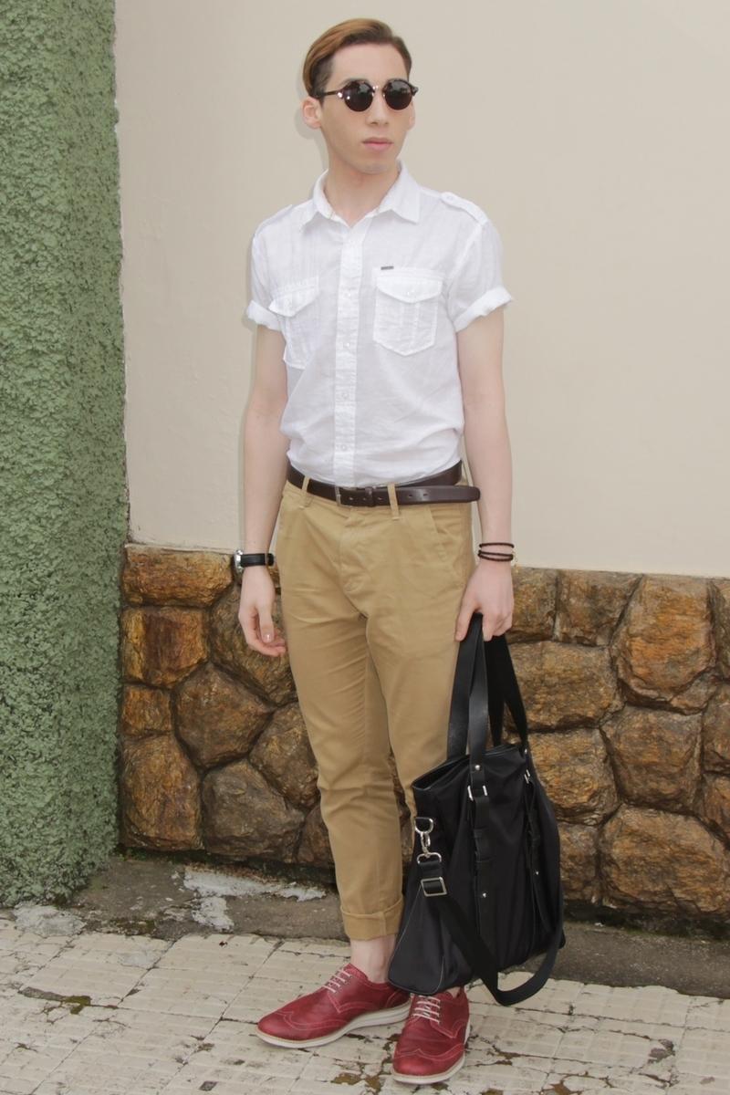 Simple Shirt Light Khaki Pants Gay Fucking Shoes White Shoes Khakis Pants