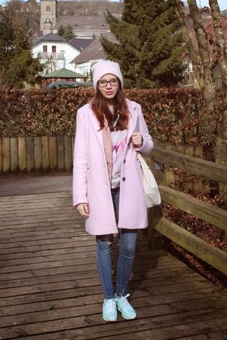 This combo of a pink coat and a Free People Back To Basic Chunky Rib Beanie is the ideal balance between feminine and laid-back. For footwear go down the casual route with light blue athletic shoes. Be sure this outfit is ideal for fluctuating fall weather.