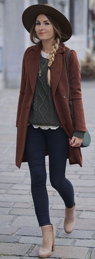 How to wear: brown coat, dark green cable sweater, white lace crew-neck t-shirt, navy skinny jeans