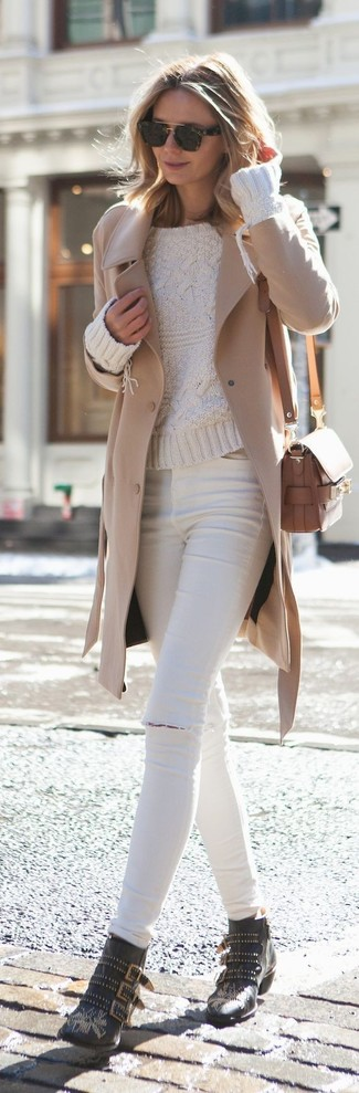 Wear a khaki coat and white ripped skinny jeans for a standout ensemble. Polish off the ensemble with black studded leather ankle boots. This outfit is a nice option when spring arrives.
