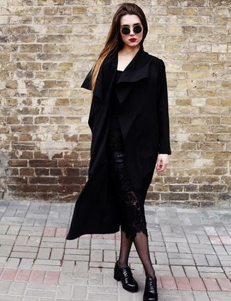 Glam up for the day in a black coat and a black lace pencil skirt. Why not add Lanvin Grainy Leather Eyelet Derby Shoes to the equation for a more relaxed feel? And when it's one of those dreary fall days, sometimes only a knockout outfit like this one can spice it up.