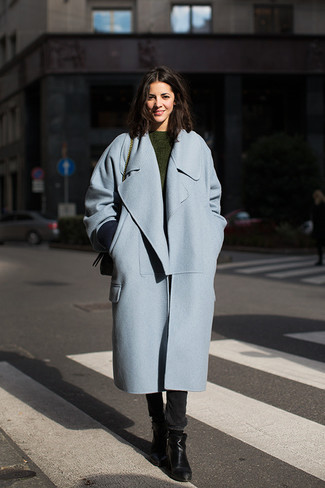 Go for a baby blue coat and black skinny jeans for an effortless kind of elegance. Round off this look with black leather ankle boots.