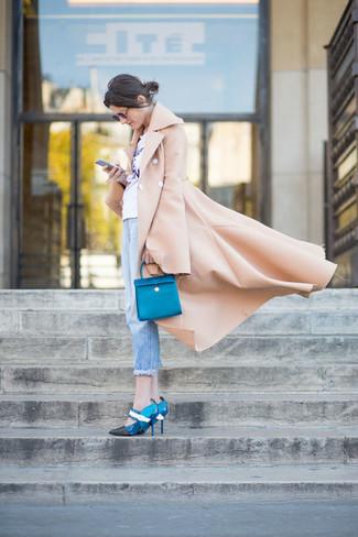 How to wear: camel coat, white print crew-neck t-shirt, light blue boyfriend jeans, blue leather pumps