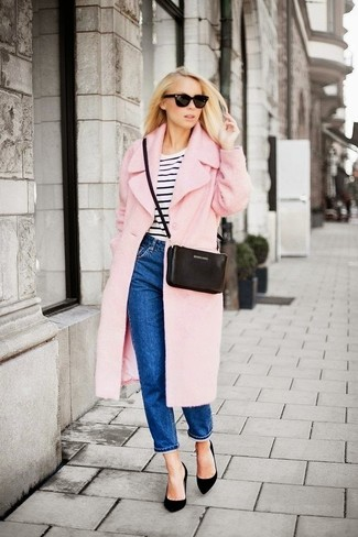 How to wear: pink coat, white and black horizontal striped crew-neck t-shirt, blue boyfriend jeans, black suede pumps