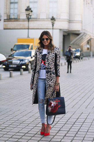 Make a beige animal coat and baby blue destroyed slim jeans your outfit choice for an effortless kind of elegance. This outfit is complemented perfectly with red suede pumps.