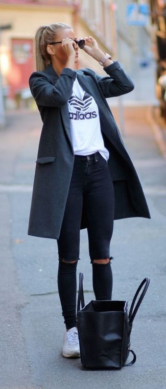 If you like the comfort look, marry a Sam Edelman women's Wool Coat With Removable Faux Fur Collar with black ripped skinny jeans. Make your ensemble more fun by completing it with white low top sneakers. An outfit like this is perfect for in-between weather.