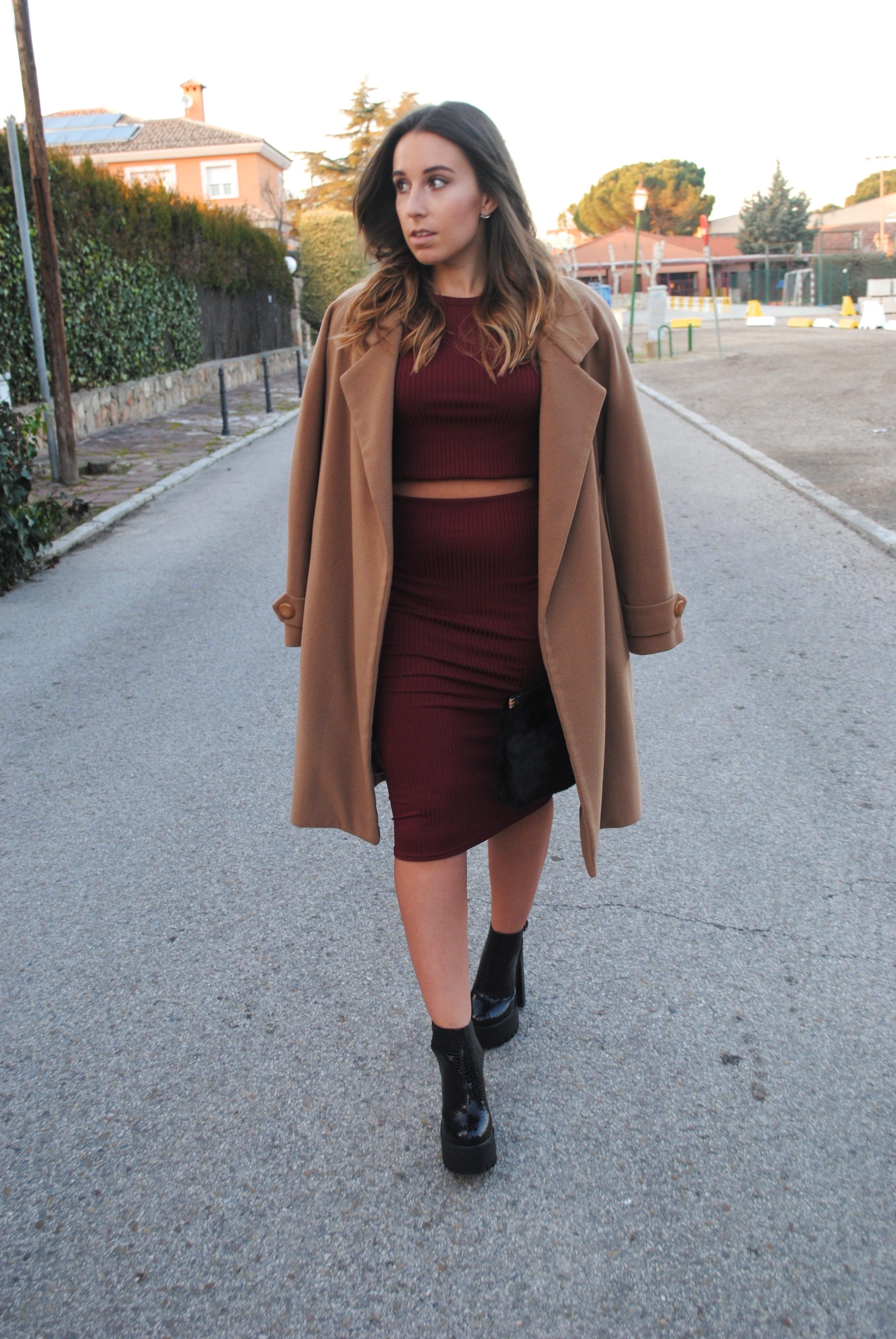 s camel coat burgundy cropped sweater burgundy