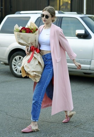 How to wear: pink coat, white cropped top, blue boyfriend jeans, pink leather loafers